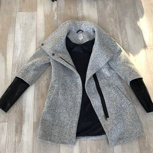 Jackets & Blazers - Simons coat